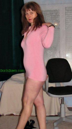 360x640-doris-pink-fluffy-top-no-panties-out-of-highheels