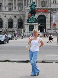 014-vienna-statues