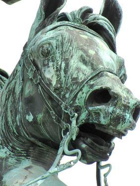 017-vienna-statues