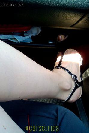 852x1280-carselfies-juicyjuly-legs2