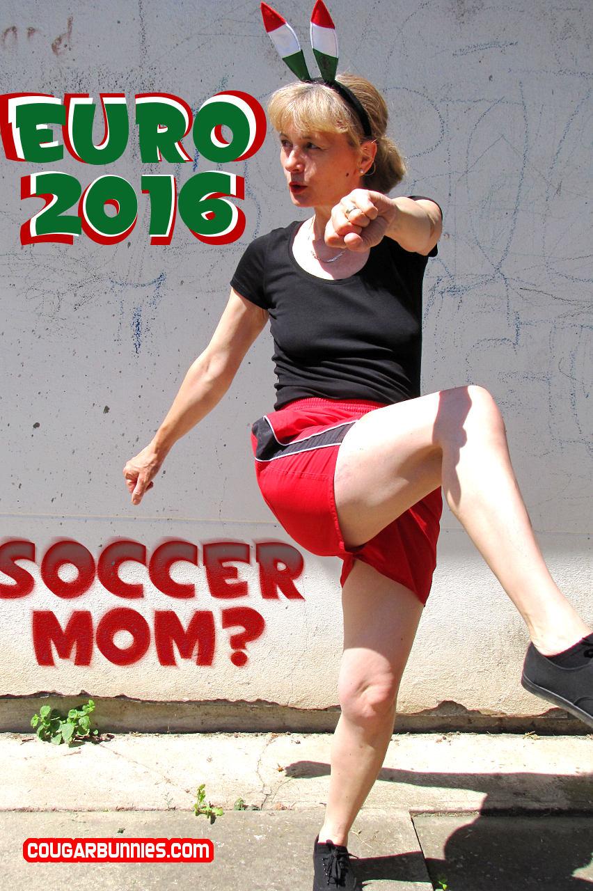 852x1280-cougarbunnies-soccermom-01