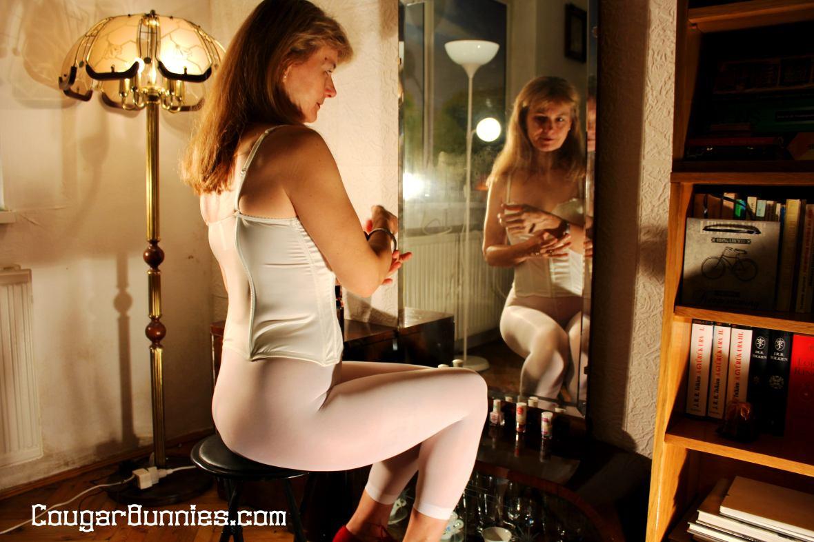 5184x3456-cougarbunnies-morning-mirror1