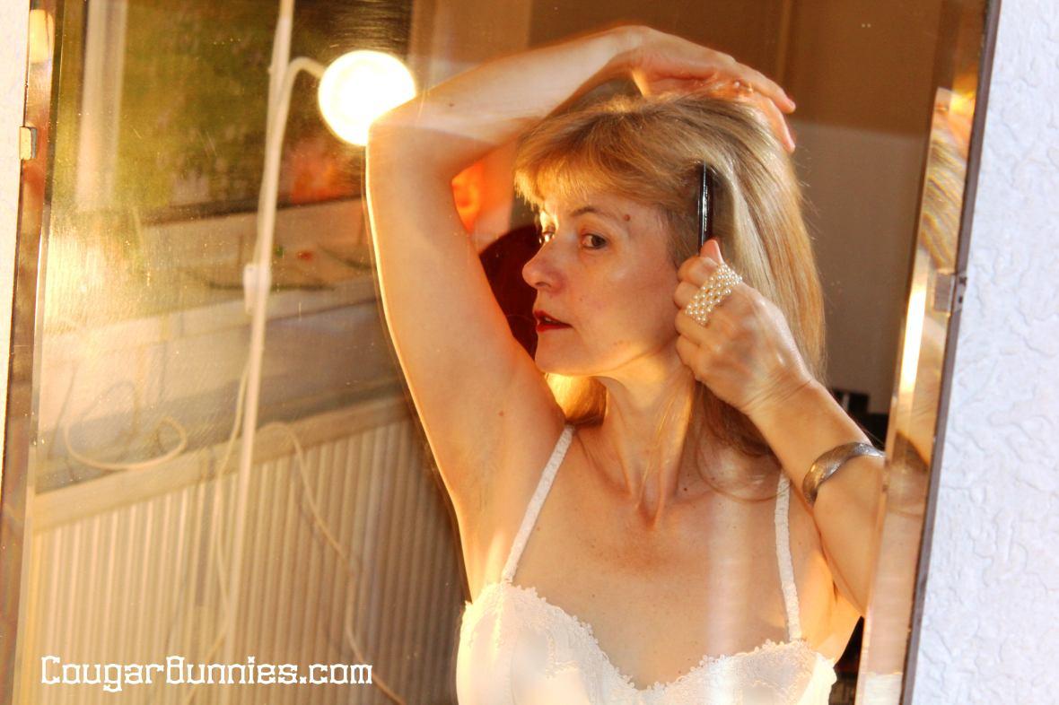 5184x3456-cougarbunnies-morning-mirror3