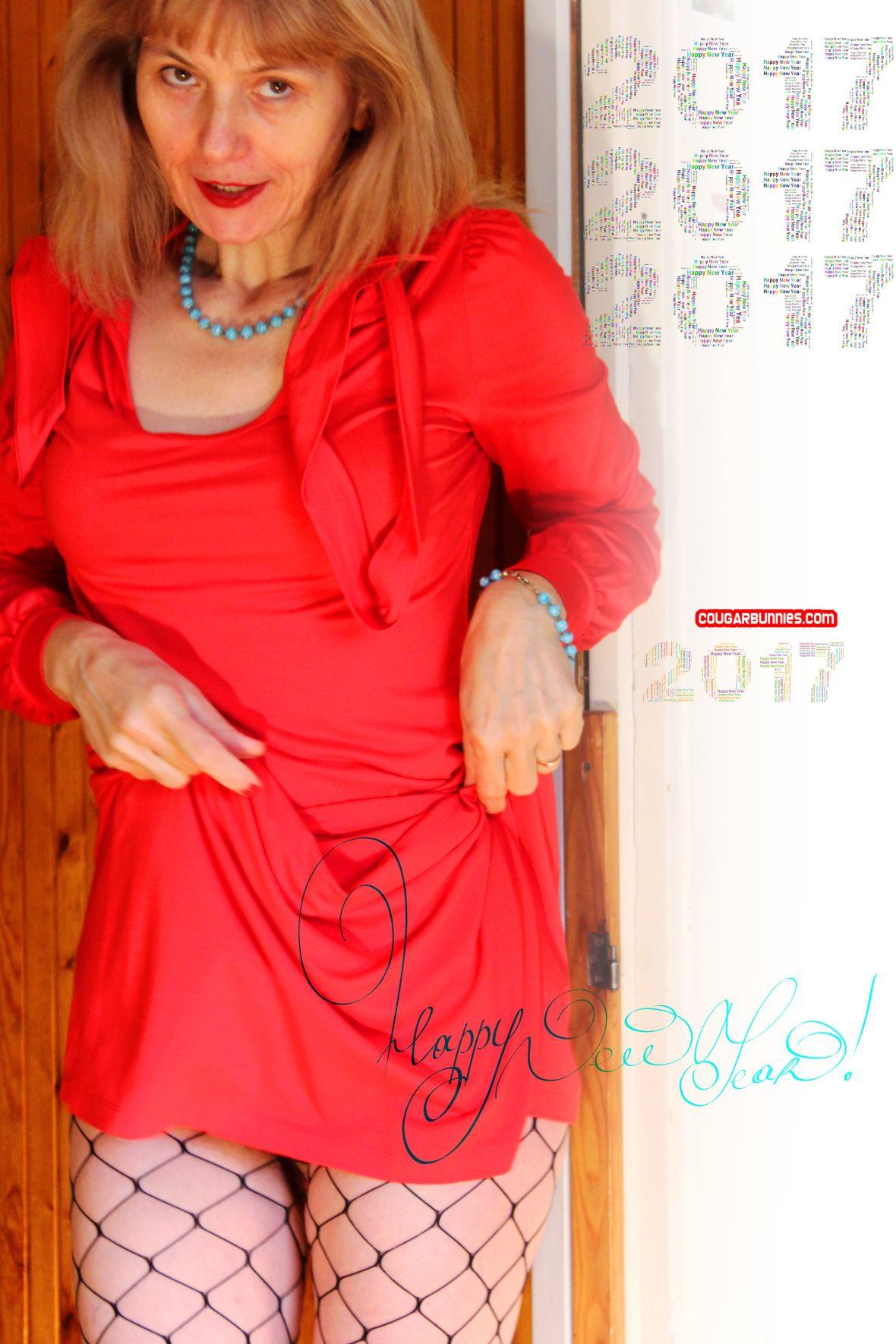Happy New Year - CougarBunnies.com