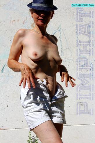 3456x5184-cougarbunnies-pimphat04